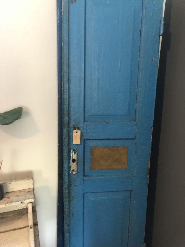Oude houten Blauwe deuren