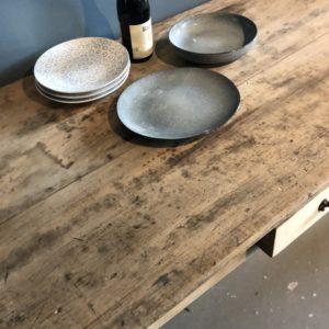 Oude franse tafel met lade