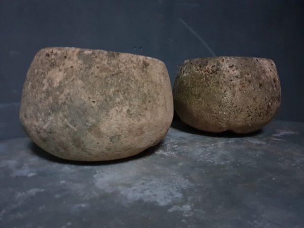 Antieke stenen bakken