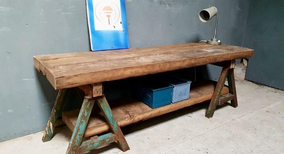 Industriele eikenhouten tafel