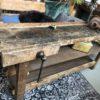 lange houten smalle werkbank