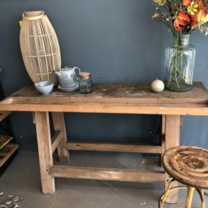 oude houten kleine werkbank