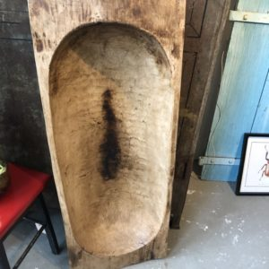 Grote oude houten trog