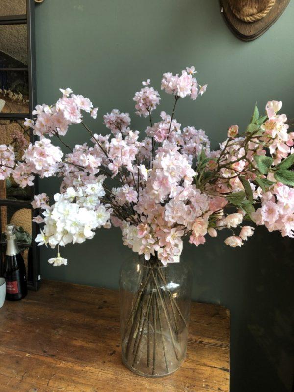 zijden bloemen, mooie roze bloesems