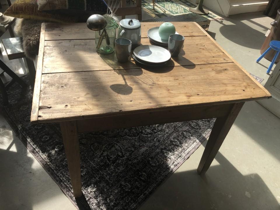 Mooie Side Table.Oude Franse Houten Sidetable