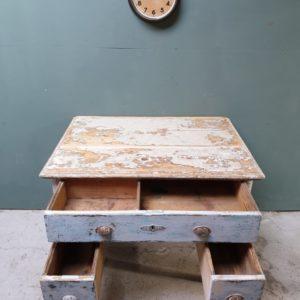 Oud houten bureau Lodenwijk stijl