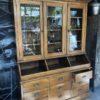 Oude grote houten laden (winkel) buffetkast met 9 laden