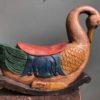 Oud groot houten beschilderde hobbelpaard