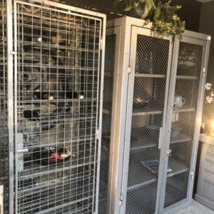 Armário industrial grande (suporte para vinho)