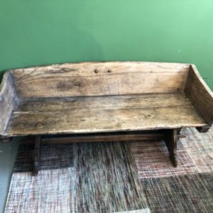 Antieke houten (hal) bank