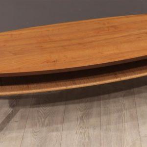 Oude houten ovale vintage salon tafel