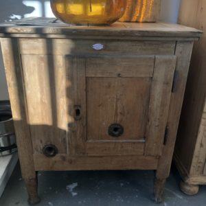 Oude houten Franse kast/ tafel