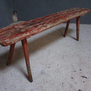 Oude houten ossenrode boerenbank