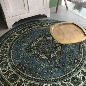 Groot rond groen tapijt van Dutchbone