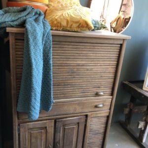 Eiken houten archief rolluikkast