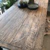 Antieke houten (eet) tafel met mooi houten blad