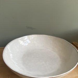 Grote witte saladeschaal van Broste Copenhagen