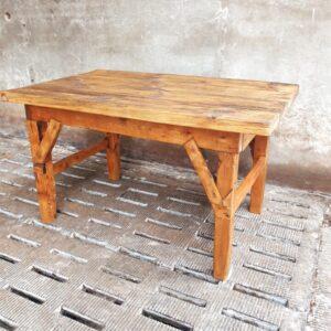 Antieke grenen houten werktafel