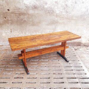 Oude eiken houten werkbank