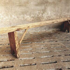 Oud houten grenen lange bank