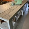 Xl lange houten tafel op wielen