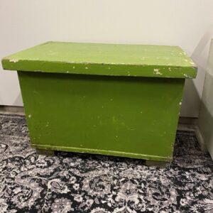Oude houten Duitse groene brood kist